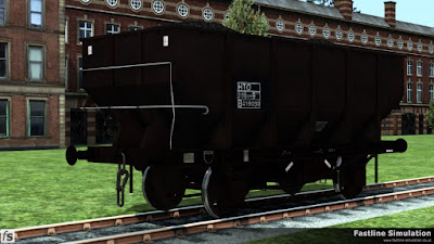 Fastline Simulation: A fully boxed TOPS panel with HTO code has been added to this dia. 1/146 unfitted 21t coal Hopper. However, it would appear to have been a long time since it was acquainted with a paint brush.