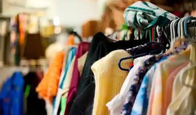 تفسير حلم شراء الزوج ملابس لزوجته