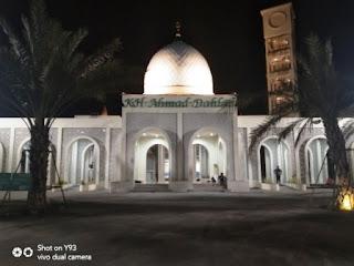masjid kh ahmad dahlan bunder gresik