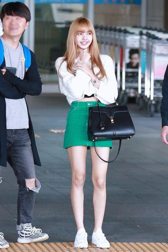 Lisa Lalisa Manoban Airport Fashion Lisa Style Lisa Blackpink Photo