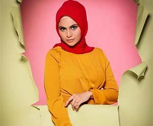 Asha Shara Pakai Hijab Merah