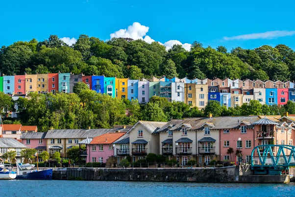 What is Bristol England famous for? Discover Bristol