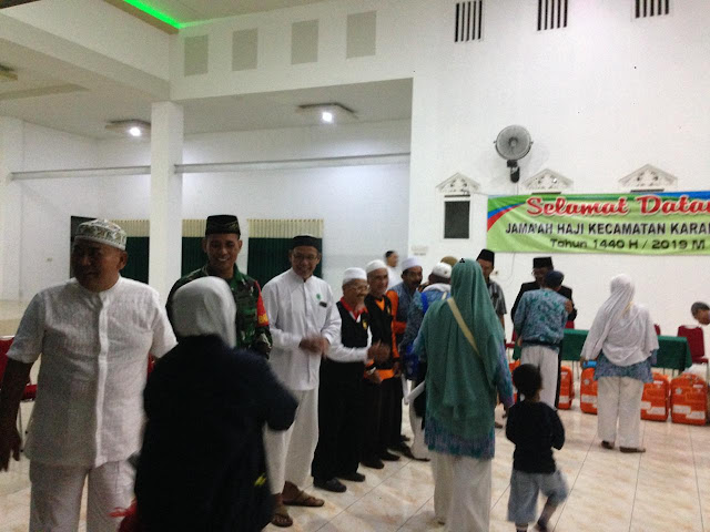 Muspika Karanganom Sambut Kepulangan Haji