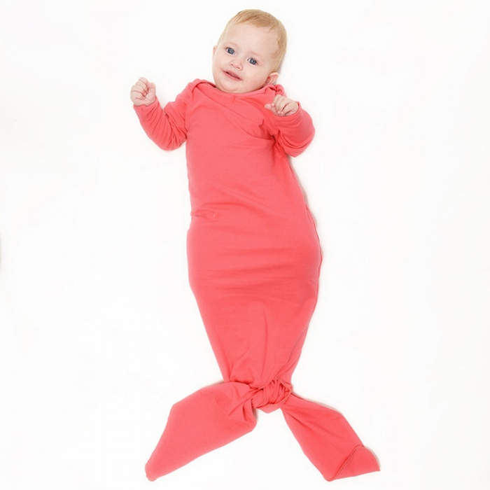 https://www.sevengrils.com/coral-cotton-flannel-mermaid-tail-blanket-for-baby.html