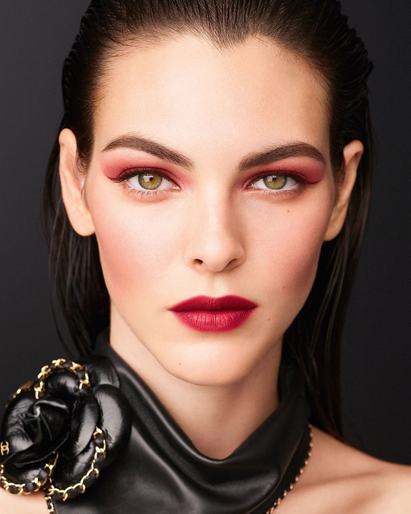 VITTORIA CERETTI ENCHANTS IN CHANEL MAKEUP FALL 2020 CAMPAIGN