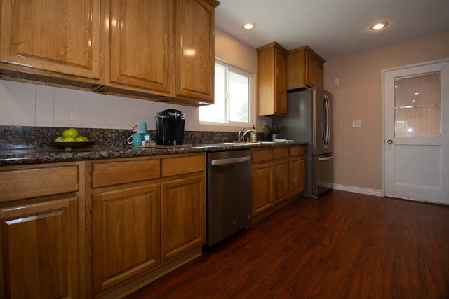 4550-Pedley-Ave-Avenue-Norco-CA-Celina-Vazquez-Realtor-Broker-Eastvale-909-697-0823-Mira-Loma-Vista-Property-Management-5-21.jpg