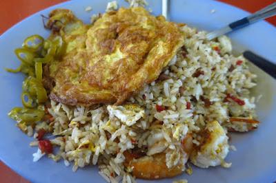 Hong Li Mei Wei Xiao Chi (鴻利美味小吃), fried rice