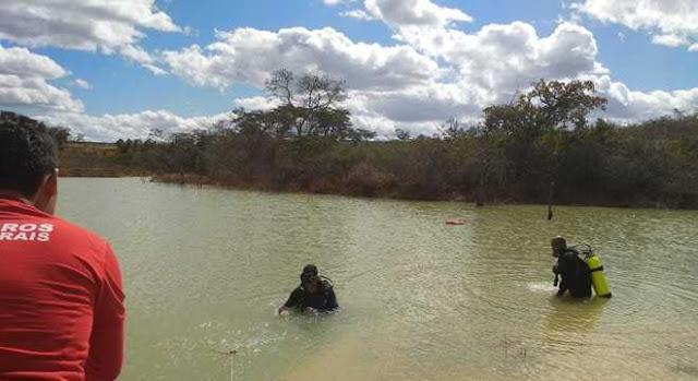 Crianças se afogam em lagoa ao buscar pacote de salgadinho em MG