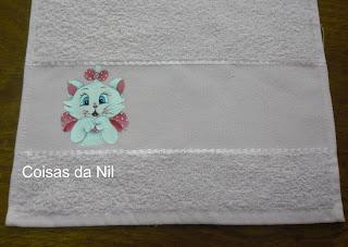 """""""toalhinha de mão com pintura gata marie"""""""