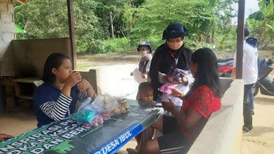 Pentingnya menjaga kesehatan diri, Tim KKN UBB XV desa Ibul membagikan Masker dan Handsanitizer kepada masyarakat Desa-wisataibul.com