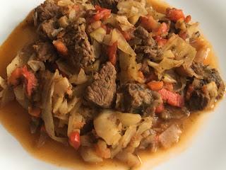 Kapusta z mięsem wołowym