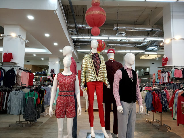 Inspirasi fashion imlek di Factory Outlet