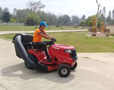 Thailand lawn mower delivery January 2017 isaan