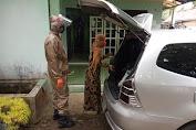Bhabinkamtibmas Polsek Kalimanah Gunakan Mobil Pribadi Antar Pasien Covid-19 ke Rumah Sakit
