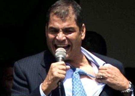 Rafael Correa en restaurante 2