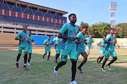 Tim Papua dan Maluku Utara Berburu Tiket Perdana Menuju 6 Besar Sepakbola PON XX