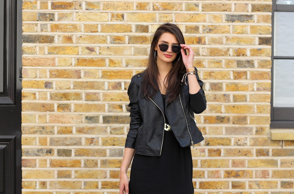 all black summer style blogger