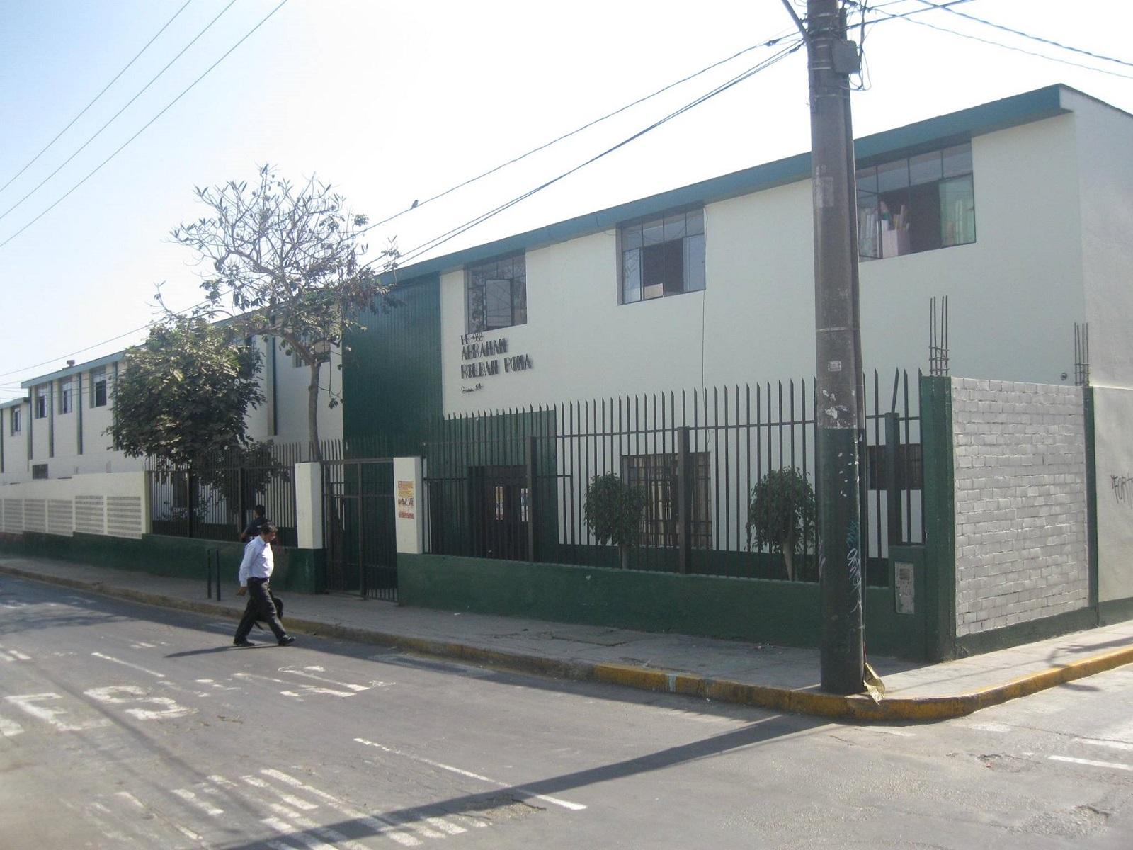 Inicial 7068 ABRAHAM ROLDAN POMA - Santiago de Surco
