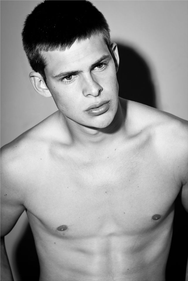 The Stars Come Out To Play: Thomas Morgenstern - Shirtless