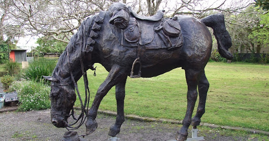 Horses in War Commemorated in Hamilton