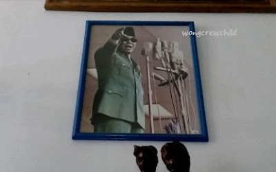 lukisan aneh bung karno di istana gebang blitar