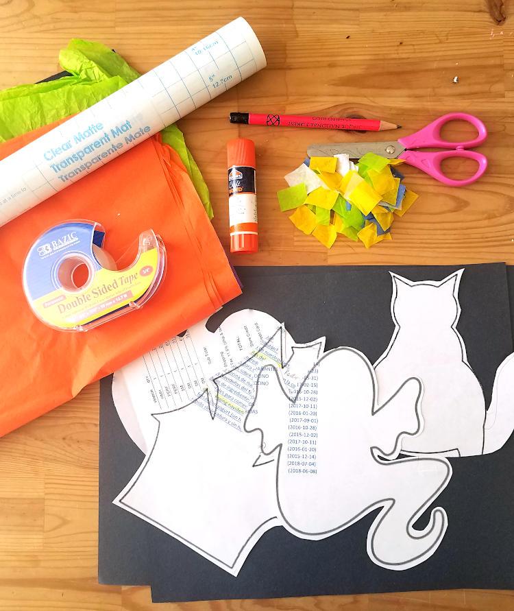Materiales para hacer atrapasol de papel