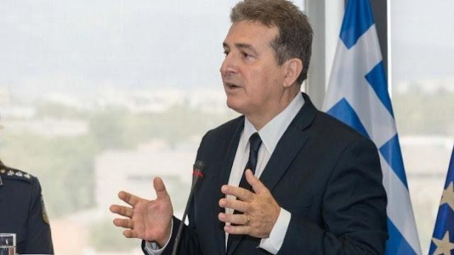 Μ. Χρυσοχοΐδης για την επέτειο του Πολυτεχνείου: Να ζήσουμε φέτος για να γιορτάσουμε του χρόνου