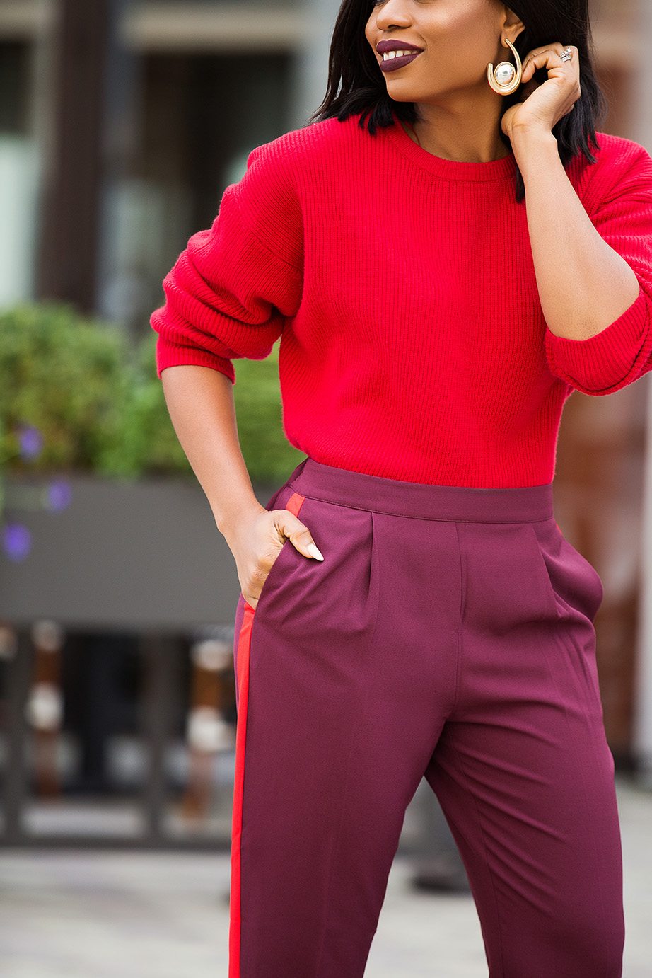 red sweater, holiday work style, www.jadore-fashion.com