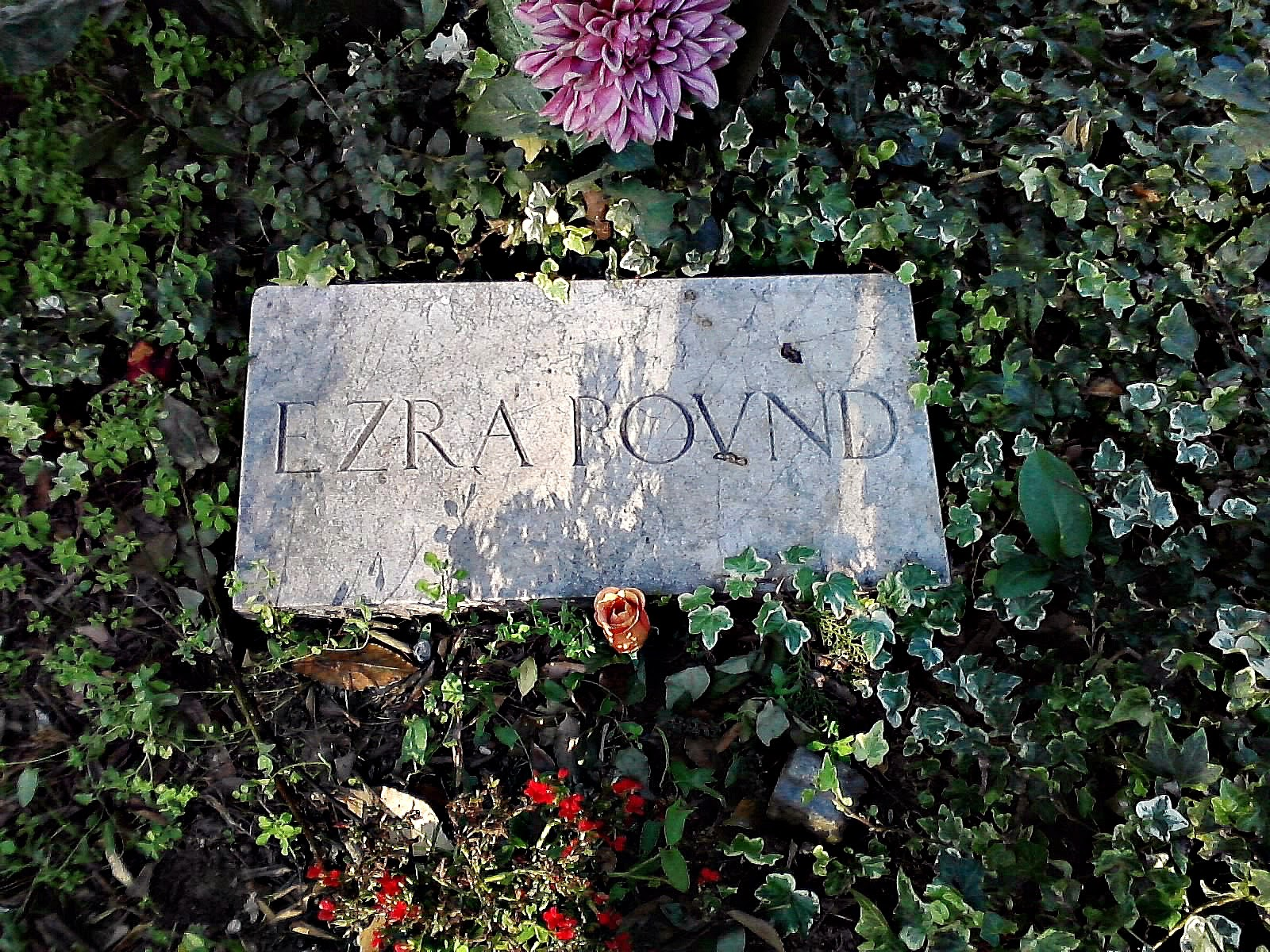 Ezra Pound grave - Venice, Italy, Photo by Cat Bauer - Venice Blog