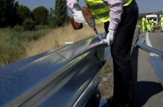 http://www.formulamoto.es/seguridad/2016/07/19/madrid-instala-nuevos-guardarrailes-homologados-motoristas/15725.html
