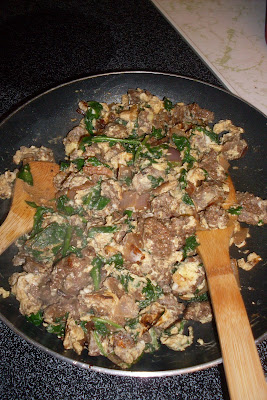 And dinner is done! Joe's Special, a delicious one pan dinner of ground beef, spinach and scrambled eggs.
