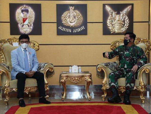 Panglima TNI Terima Kunjungan Kerja Menteri Kominfo RI