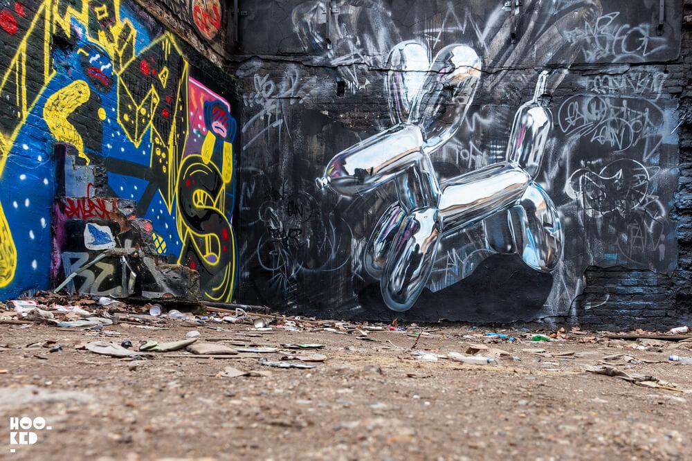 3D Chrome Balloon graffiti Dog by street artist Fanakapan painted in London