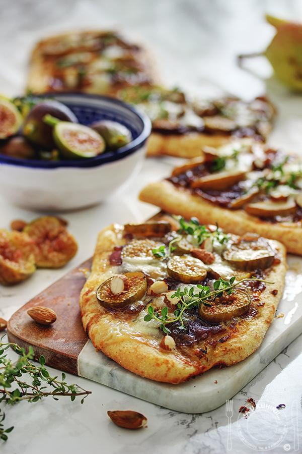 Pizza sa smokvama (kruškama), karamelizovanim lukom i gorgonzolom