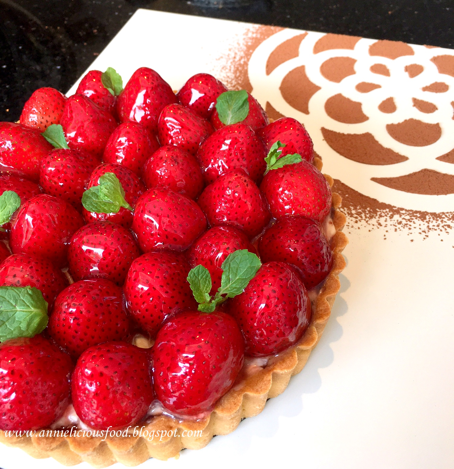 Annielicious Food: Strawberry Peppermint Tart