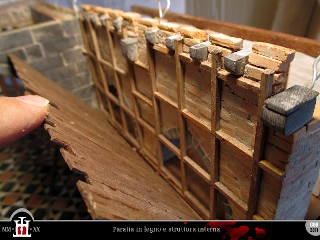 Paratia in legno e struttura interna