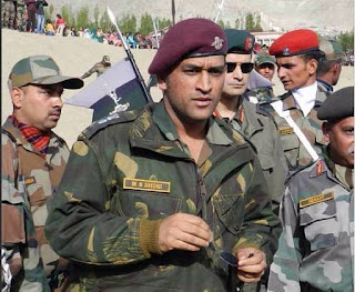 dhoni indian army pic