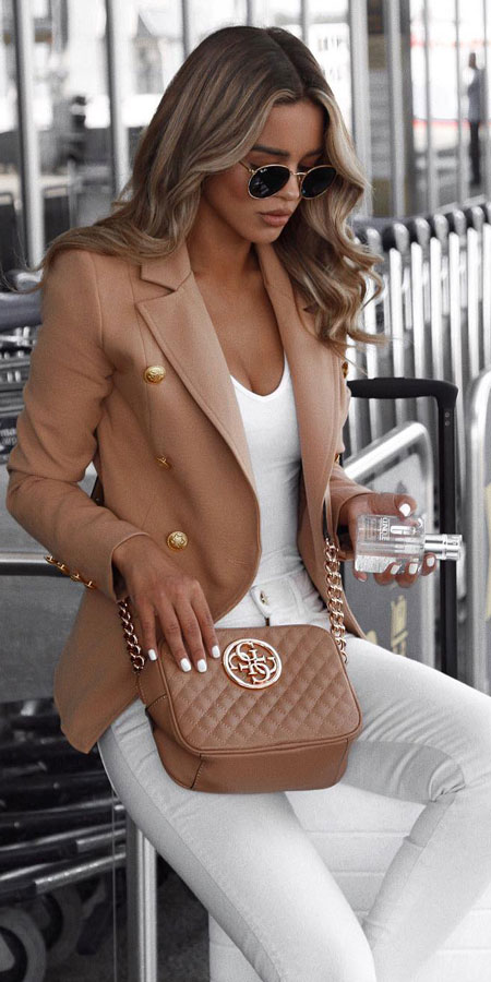 Camel military blazer,  v-neck thong bodysuit | Casual blazer outfits are arguably the best work outfits. Find the best work blazer with these 25 womens blazer outfit ideas. Best blazer styles and blazer fashion via higiggle.com #blazer #workoutfits #fashion #style