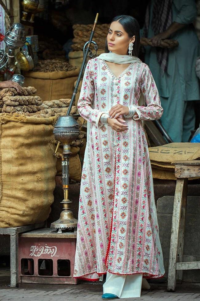 White Color crinkle pc 3 Taana Baana Eid collection