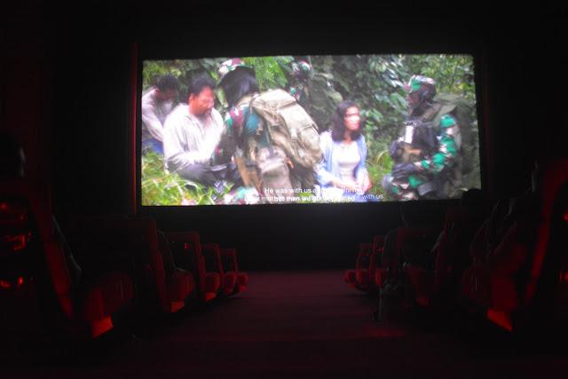 Tumbuhkan Rasa Cinta Tanah Air, Fokopimda Trenggalek Nonton Bareng Film Merah Putih Memanggil