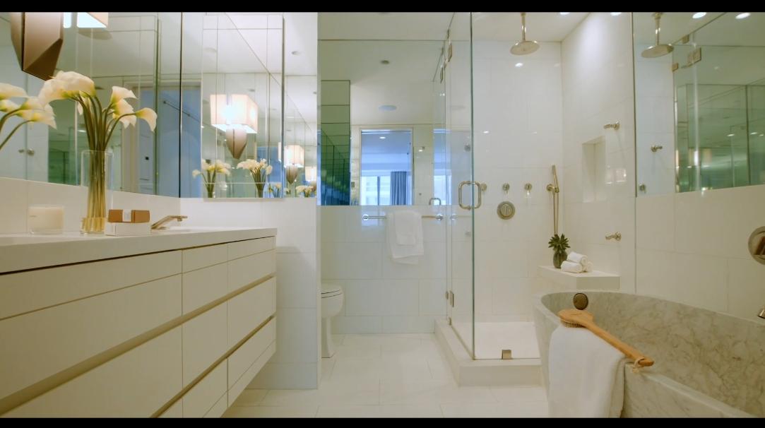 21 Photos vs. 200 Riverside Blvd #6D, New York, NY Interior Design Luxury Condo Tour