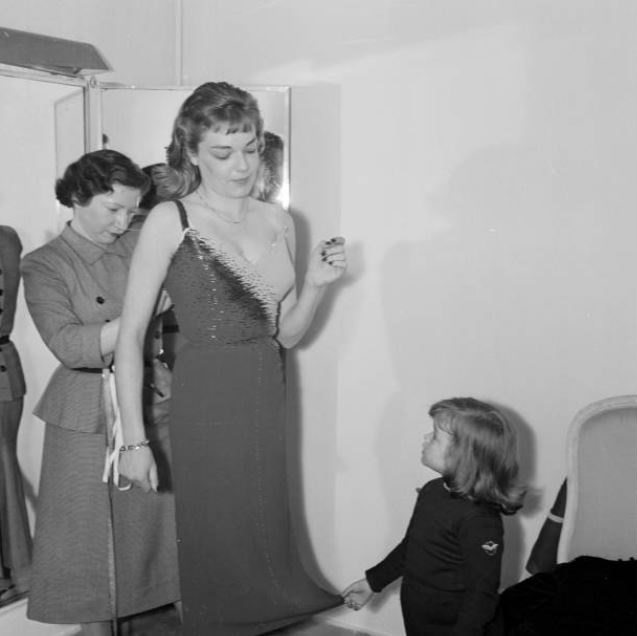 Simone Signoret and Daughter Catherine Allégret