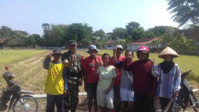 Babinsa Koramil 12/Manisrenggo Tahlilan Bersama Warga
