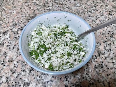Gobi paratha stuffing in a bowl