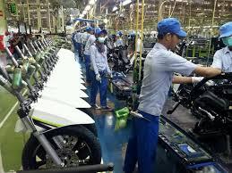 Penjelasan tentang bekerja di PT atau pabrik itu seperti apa