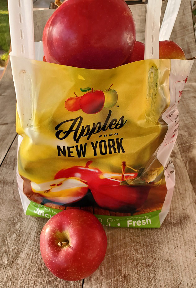 a bag of McIntosh apples from the orchard fresh to make apple cider