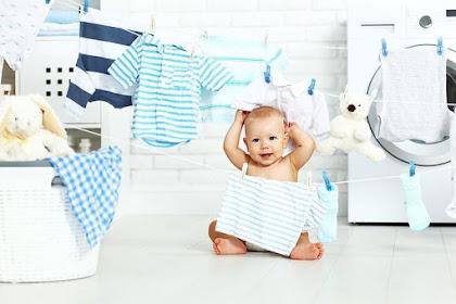5 Aturan Mencuci Pakaian Bayi Agar Tidak Menimbulkan Iritasi