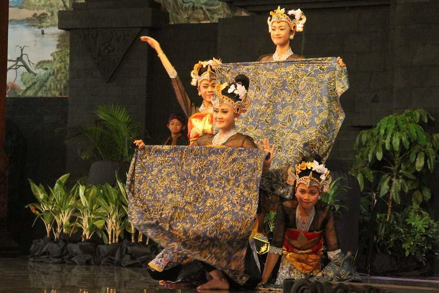 Tari Batik Pace, Tarian Tradisional Dari Jawa Timur