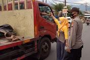 Ramadhan Berkah, Komunitas Sadar Kamtibmas Soedirman Berbagi Takjil di Rembang Purbalingga