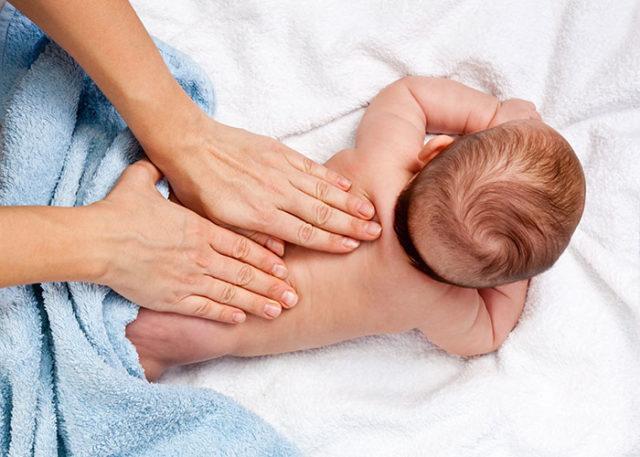 Rekomendasi Minyak Telon Bayi Paling Bagus